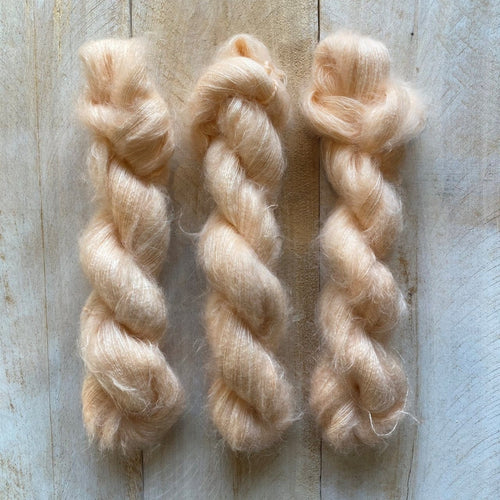 Hand-Dyed Kid Silk Yarn | Hermione PORCELAINE | 50g