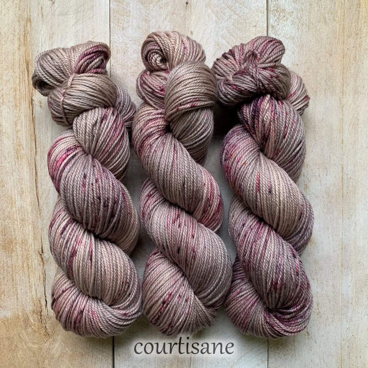 COURTISANE DK PURE