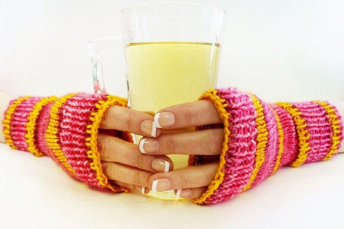 Wrist warmers | Pattern and tutorial for knitting in circles
