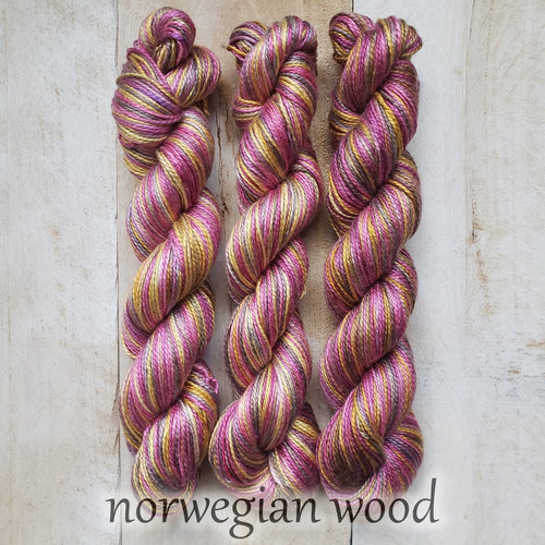 NORWEGIAN WOOD by Louise Robert Design | ALGUA MARINA hand-dyed Variegated yarn