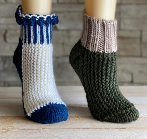 Slippers ELF ON THE SHELF | Free knitting pattern