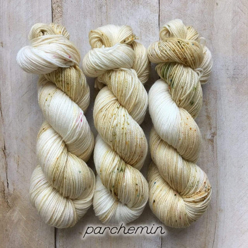 PARCHEMIN by Louise Robert Design | SUPER SOCK hand-dyed Variegated + Speckled yarn