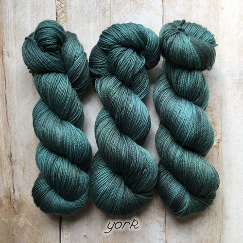 YORK by Louise Robert Design | SUPER SOCK hand-dyed semi-solid yarn