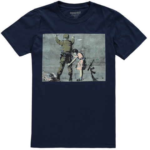 Banksy Searching Men's T-shirt
