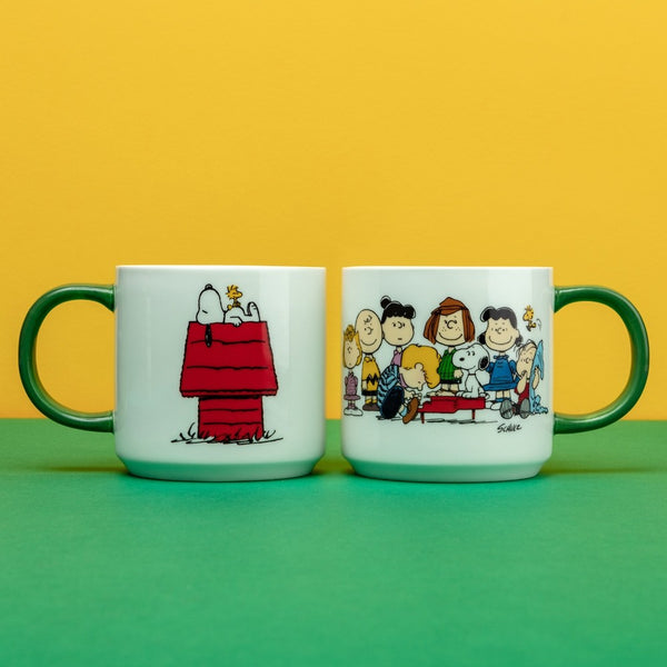 SNOOPY GANG & HOUSE MUG