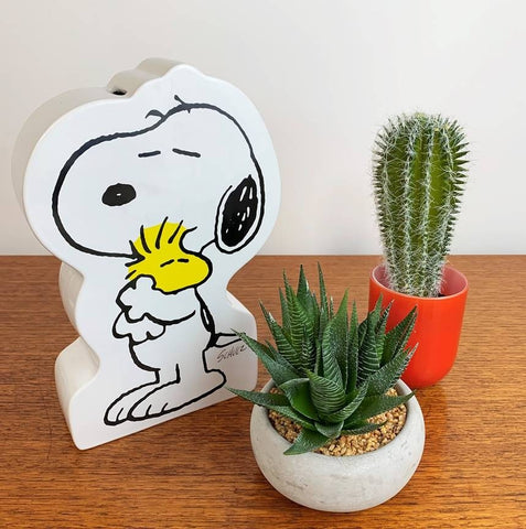 SNOOPY HUG MONEY BOX - LARGE