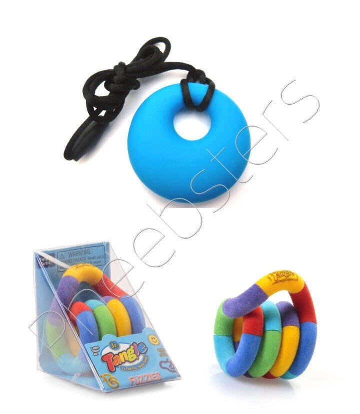 TANGLE TOY JUNIOR  FUZZY & CHEW PENDANT A SET - Circle