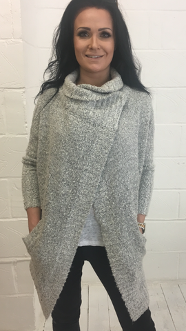 RW & Co Light Grey Knitted Cape