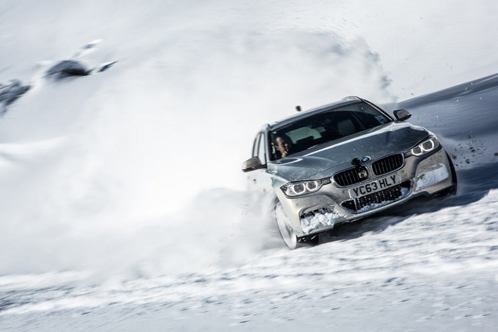 RENOUN_BMW_Best_cars_Skis_winter