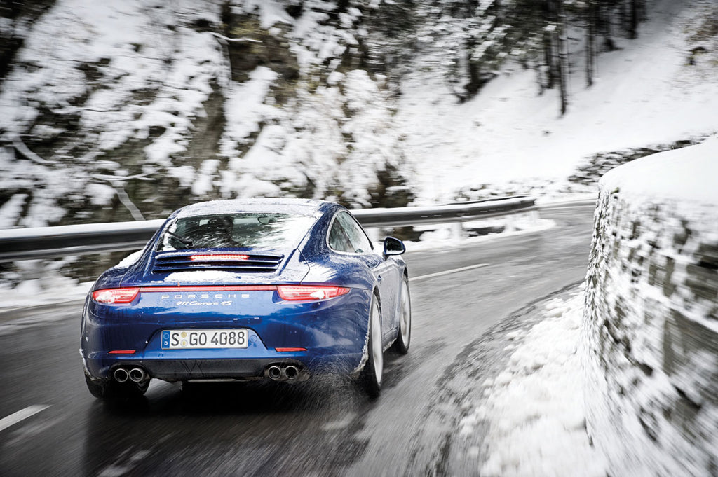 RENOUN_Porsche_911_Best_cars_Skis_winter.jpg