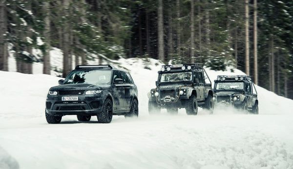 land-rover-spectre-_RENOUN_Best_SUV_for_skiing-min