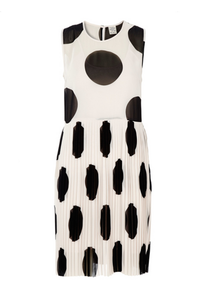 Baum und Pferdgarten | Agnes Dress in Giant Polka Dot | AETERNASTYLE.COM
