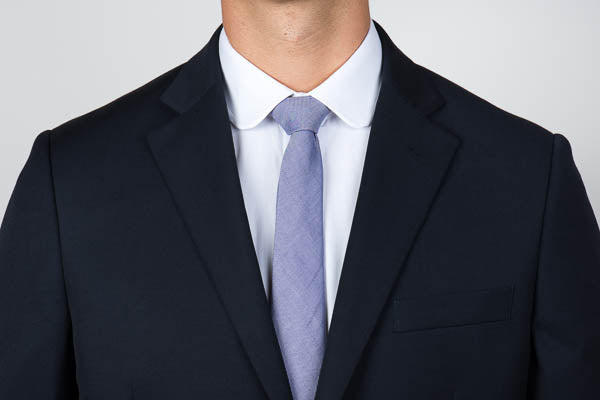 Club collar shirt with a blazer and tie
