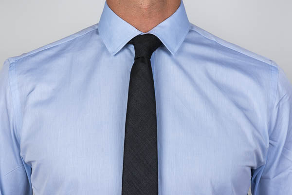 Poplin Weave on a men's dress shirt
