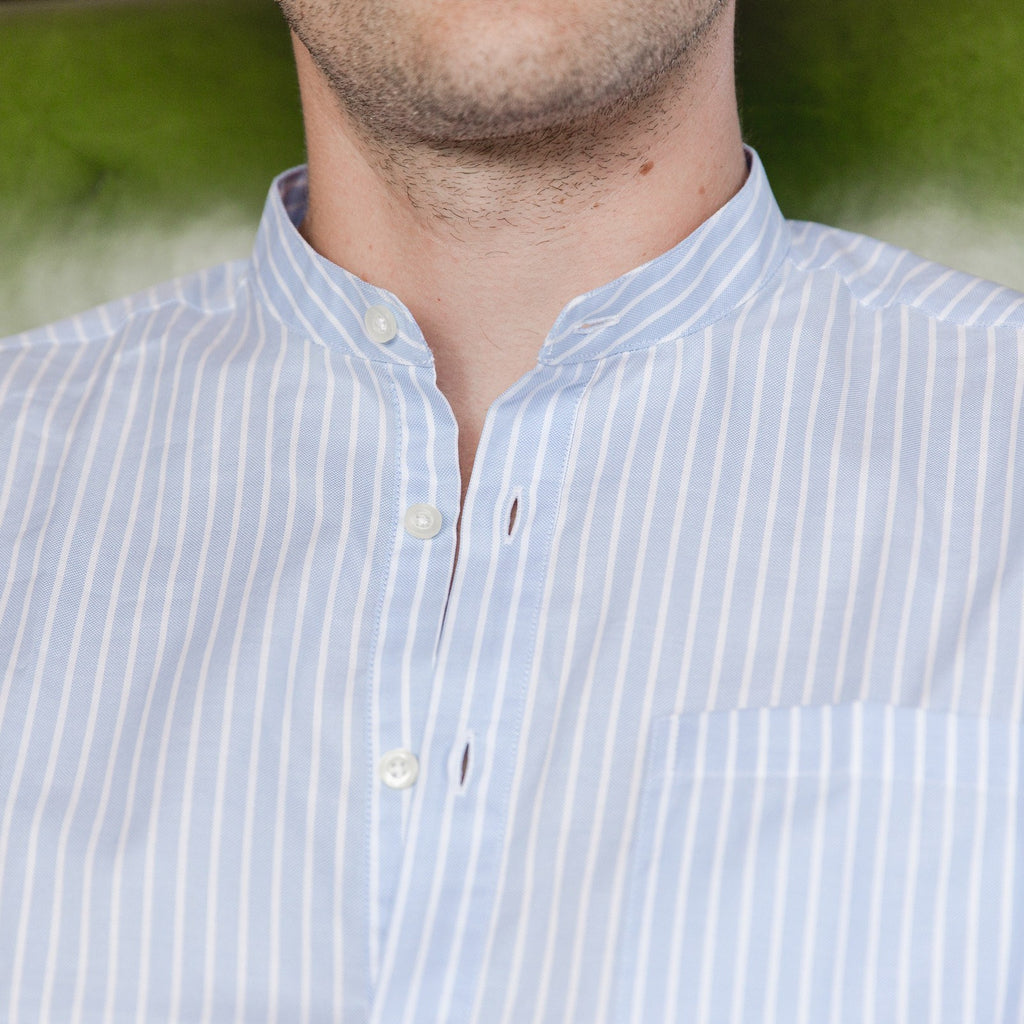 Band Collar popover in light blue and white stripe oxford fabric - Emilio - Editorial 2