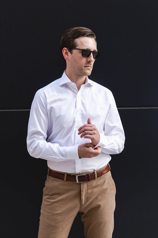 cutaway collar shirt in white solid 120s poplin - Bellevue - editorial 1