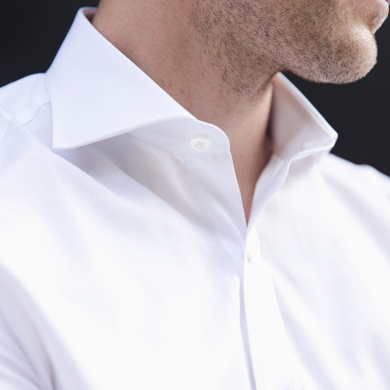 cutaway collar shirt in white solid 120s poplin - Bellevue - editorial 2