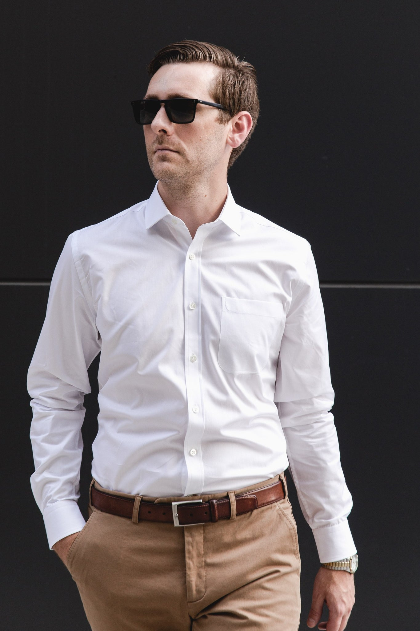small spread collar shirt in white solid 120s poplin - mayfair with pocket - editorial 2