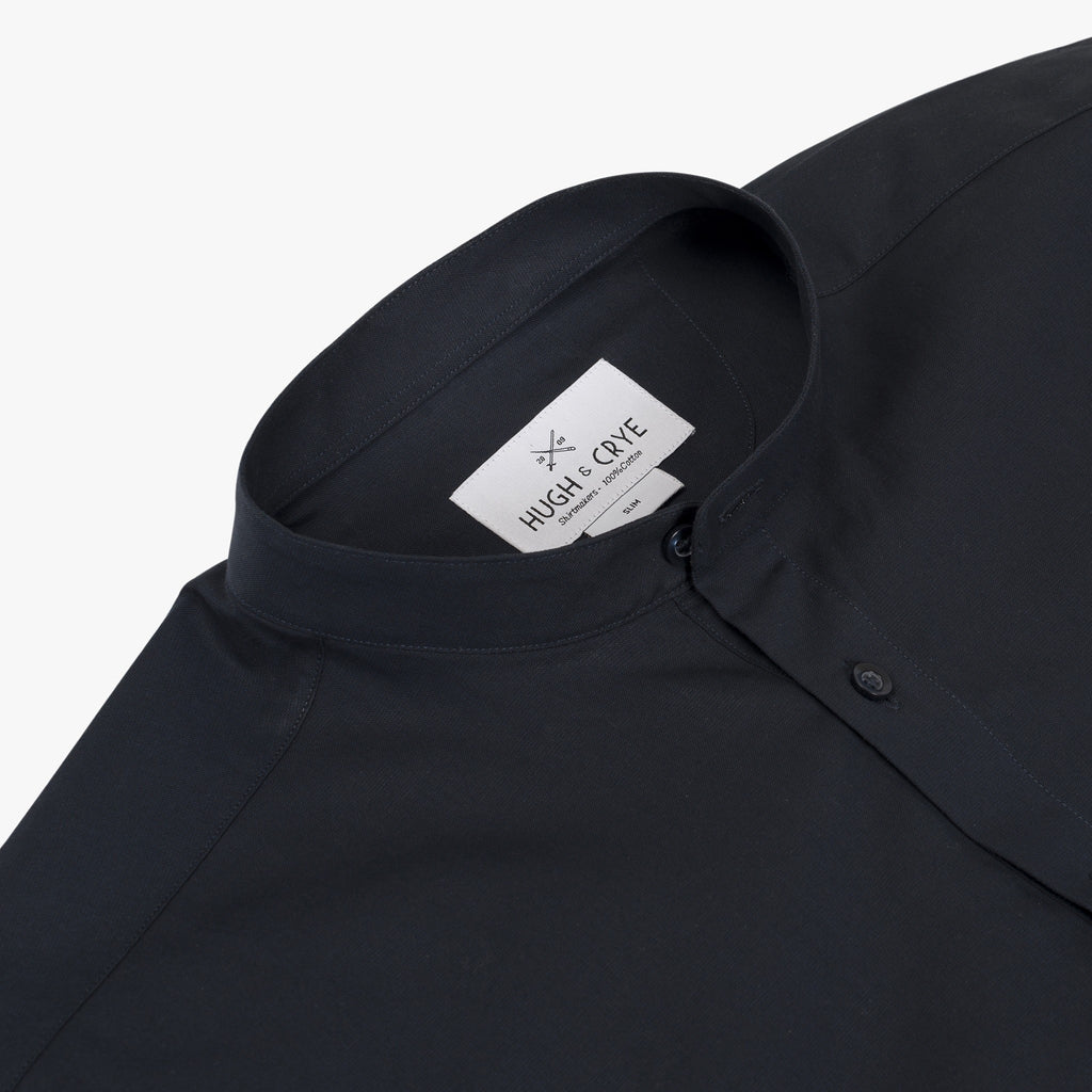 Band Collar popover in solid navy poplin - Bond - Detail