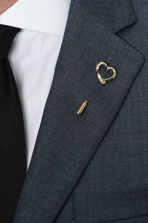 Gold Heart Lapel Pin – Hugh & Crye - 1