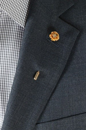Gold Flower Lapel Pin – Hugh & Crye - 1
