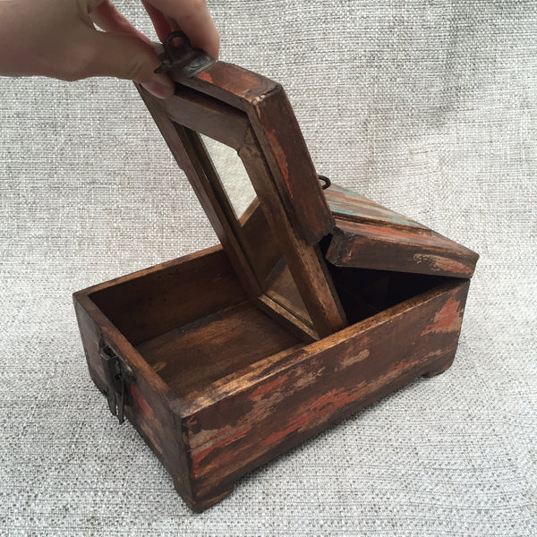 SALVAGED WOOD BOX