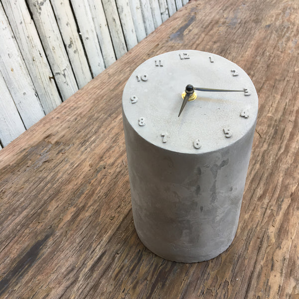 CEMENT TABLETOP CLOCK