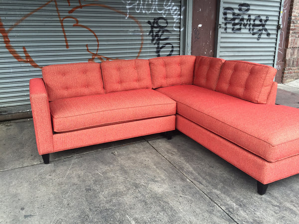 GREENPOINT V1 LOVESEAT SECTIONAL
