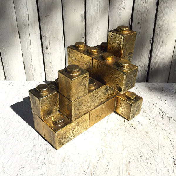 GOLD LEGGO BOOKEND