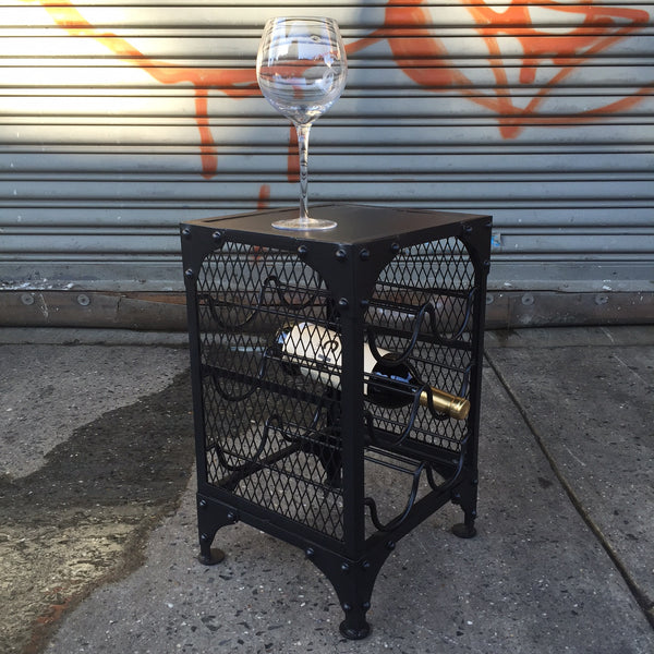MESH METAL WINE RACK