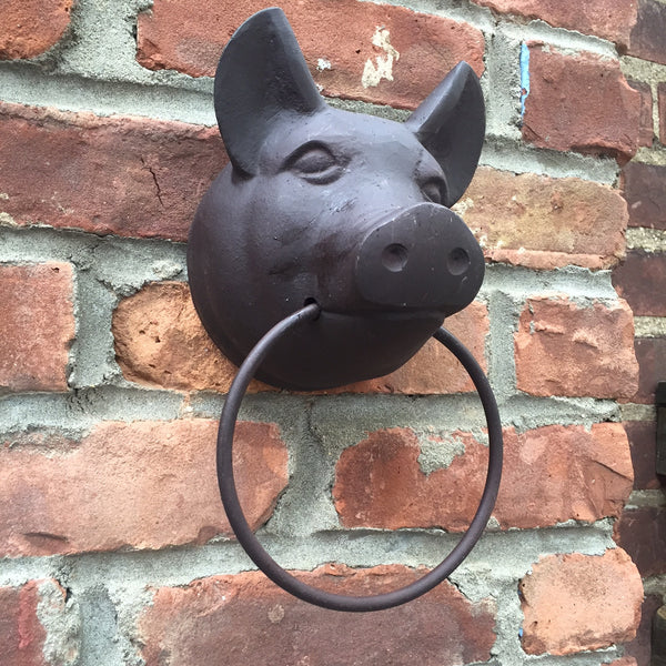PIG HEAD TOWEL RING