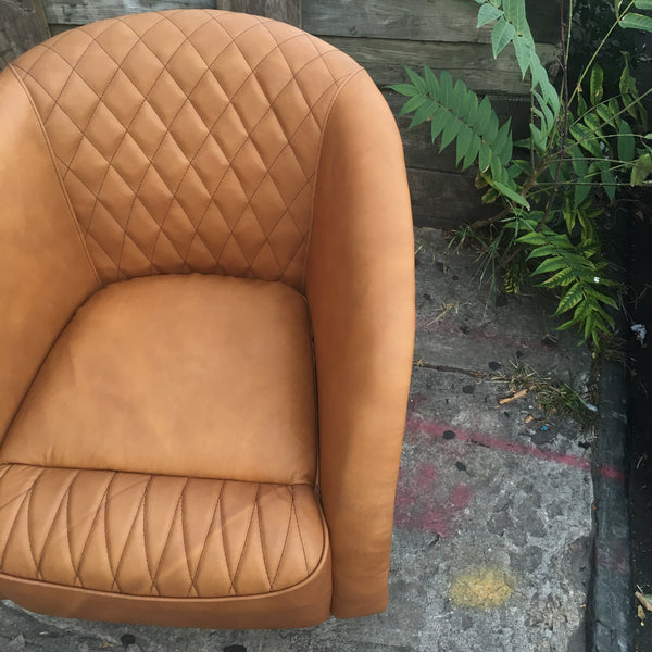 HONEY CLUB CHAIR