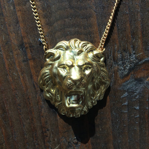 NECKLACE - LION - GOLD