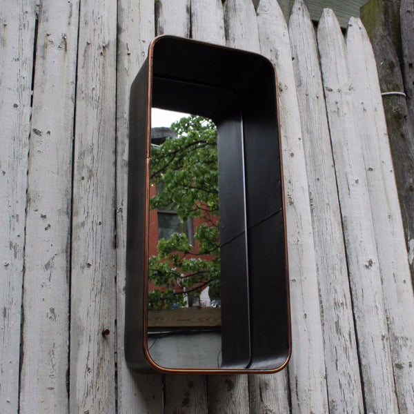 METAL MIRROR WITH SHELF SMALL