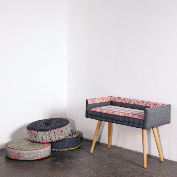 MID-CENTURY CUSTOMIZABLE STOOL