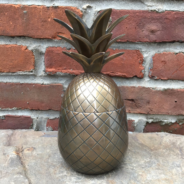 BRASS PINEAPPLE CONTAINER    MEDIUM