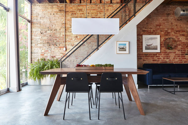 SPAN DINING TABLE