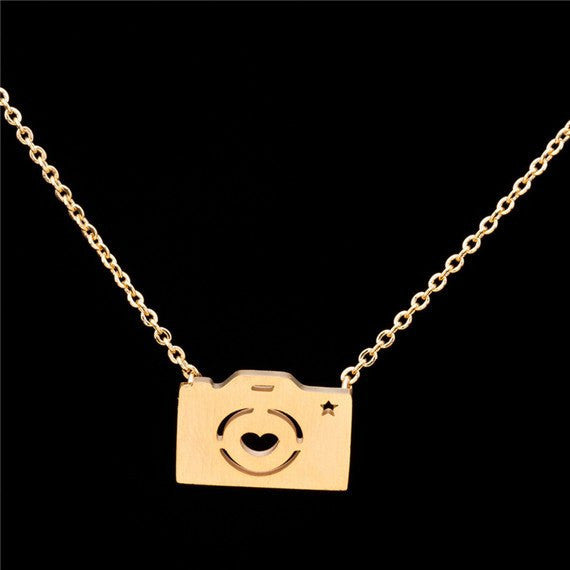 necklace pendant dsc laugh photograph live photographers charm photography camera products