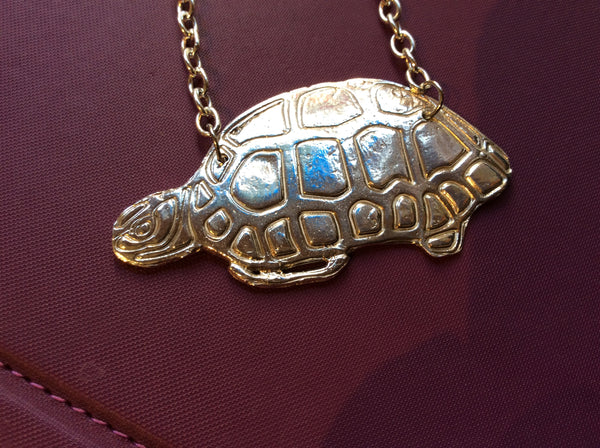 LWN 023N Yurtle the Turtle - Jewelery by Leslie Welfare - Martello Alley