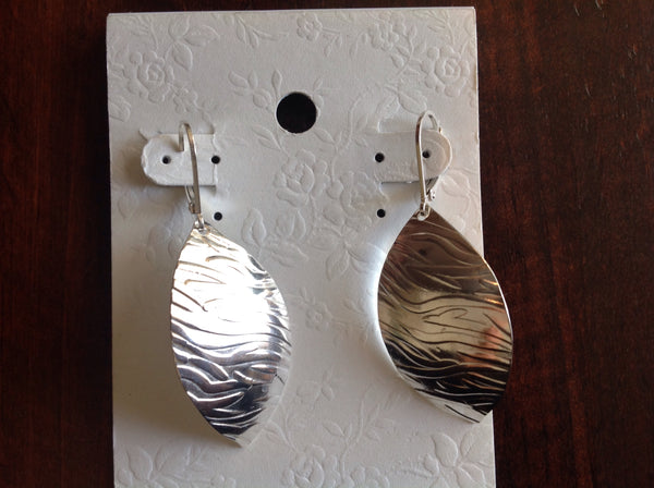 E32 SS Leaf earring large