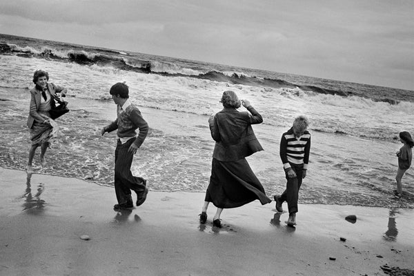 Markéta Luskačová - By The Sea: Photographs from the North East 1976-1980