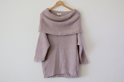 Cold Shoulder Sweater in Mauve