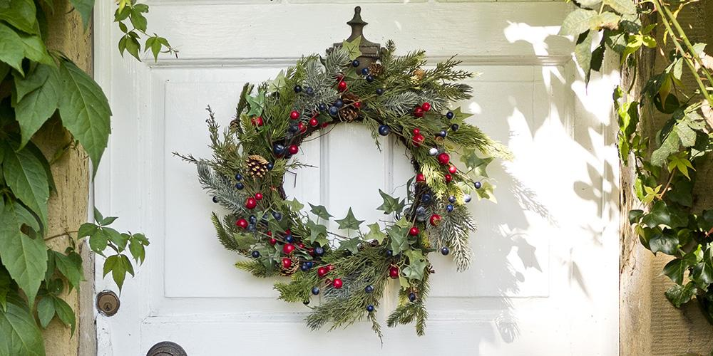 Christmas Door Wreaths