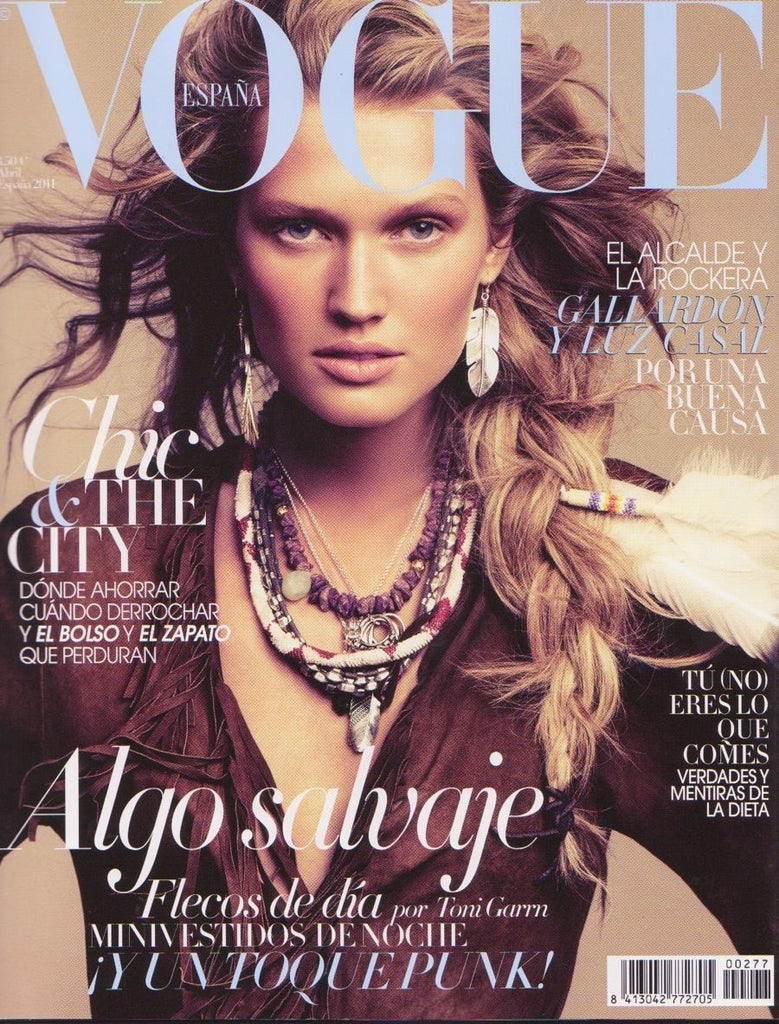Vogue Spain Magazine April 2011 TONI GARRN Hilary Rhoda NIMUE SMIT Joan Smalls