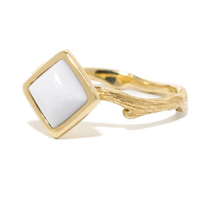 Pippa Stack Ring in Sugarloaf-Cut White Agate - 18kt Gold - USE CODE HOORAY50 FOR AN EXTRA 50% OFF