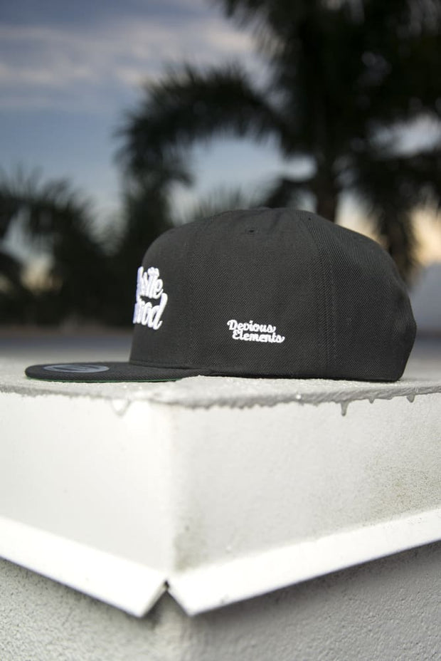 Hustle Wynwood Graffiti Black Snapback Hat - Devious Elements Apparel