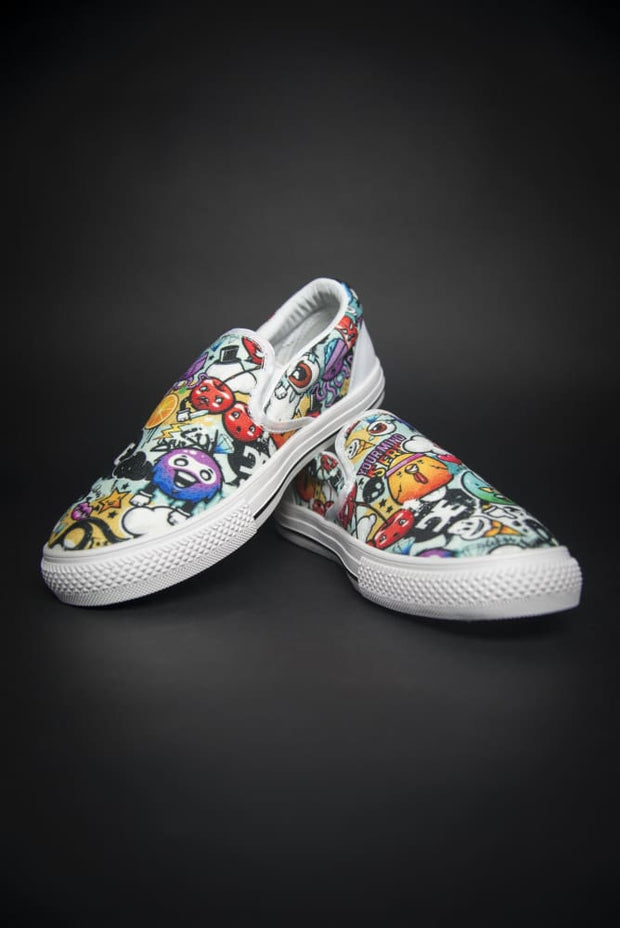 DE Graffiti Print Canvas Men's Slip On Low-Top - Devious Elements Apparel
