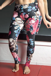 Roses & Cross Bones Pattern Legging Devious Elements Apparel Leggings Roses & Cross Bones Pattern Legging Roses & Cross Bones Pattern Legging - Devious Elements Apparel