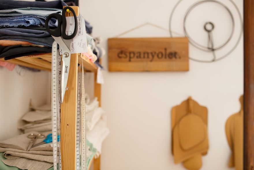 espanyolet | cloth & clay  Handcrafted in Mallorca. One-of-a-kind vintage linens. Hand-formed ceramics.