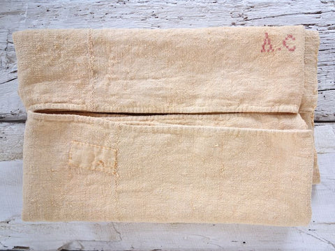 Valldemossa <br> Vintage Linen & Hemp Throw